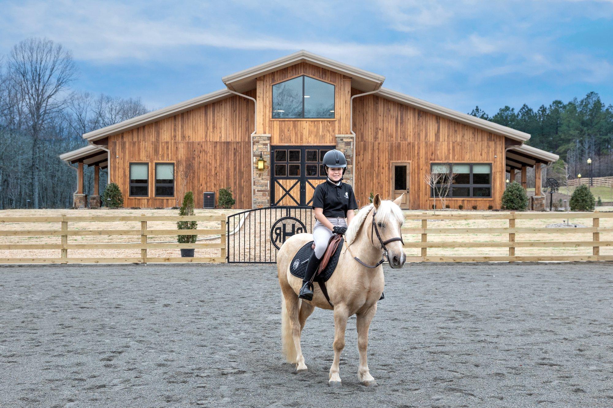 English vs Western Horseback Riding